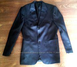 Продам мужской элегантный костюм 52 размер бу в отличном состоянии