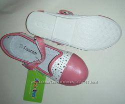Мягкие и удобные туфельки размер 28, 29 верх-кожзам, стелька-натуральная ко