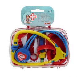 Детский игровой набор врача Simba 5545260 в кейсе