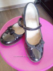 Кожаные лакированные туфли  Palaris