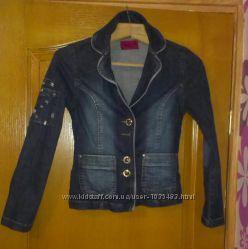 Джинсовая куртка LIKOM&acuteS размер s.