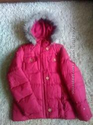Очень теплая курточка в хорошем состоянии  плотная плащевка с пропиткой