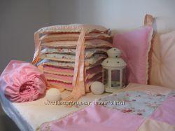 Комплект постельного белья в кроватку с бортиками