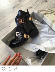 Модные ботинки из натуральной кожи. Новые, пролет с размером. Размер 36