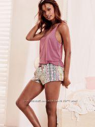 Мягкие и уютные пижамы Victorias Secret
