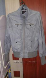 женская куртка 44р