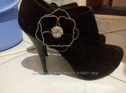 Велюрові черевички бутильони
