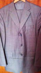 Костюм мужской Pierre Cardin 48 р. светло-серый