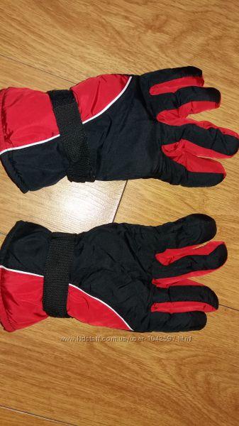 Перчатки дутые с утеплителем.