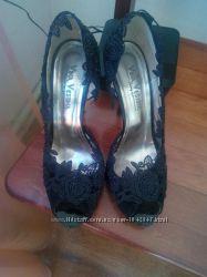 туфли с вставкой