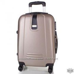 Золотистый и другие цвета Красивый дорожный чемодан качественный Киев