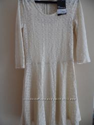 Платье женское  Jennyfer нарядное светлое
