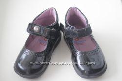 Продам нарядные лаковые туфельки pablosky 22 р, но маломерят на 21 13, 5 см