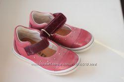 Продам туфельки ricosta 23 р-ра в состоянии новых 15 см