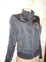 Женская куртка ветровка размер S s-m наш 42 размер Турция