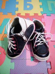 Детские ботинки бу для девочки , Apawwa