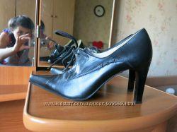 новые кожаные туфли BELWEST 37 размер