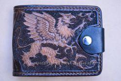 Эксклюзивное кожаное портмоне полностью ручной работы Грифон
