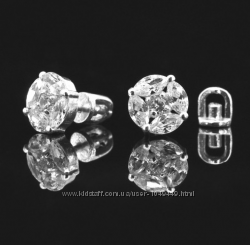Шикарные серебряные серьги-гвоздики 925 пробы с цирконием.