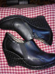 Кожаные ботинки на замочке 39р.