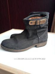 Женские замшевые ботинки Levis