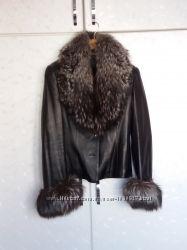 Продам кожаную куртку с мехом чернобурки и теплой подстежкой