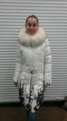Зимнее пальто-пуховик с капюшоном