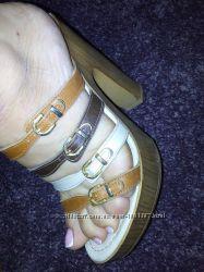 летняя  обувь  37-38р