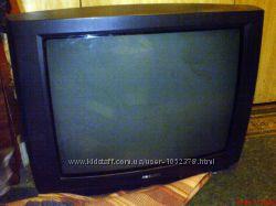 Телевизор цветной Philips 25PT442358 на запчасти или под ремонт