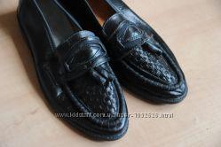 туфли  новые 38. 5 - 39 маломерки  по размеру  отправлю  Ук