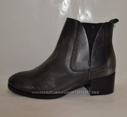 р. 39 Lazamani, Италия, натур. кожа. Стильные, суперкомфортные ботинки