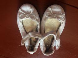 Продам балетки для девочки