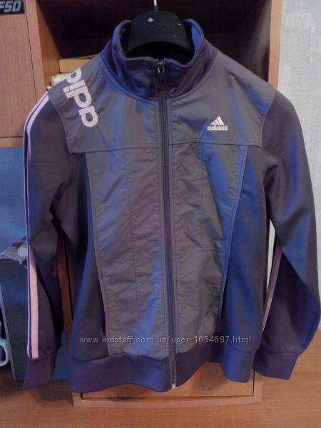 Продам спортивную куртачку