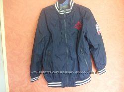 Классная стильная фирменная курточка ветровка на 7-8 лет