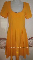 Яркое , нарядное солнечное платье 36 размер