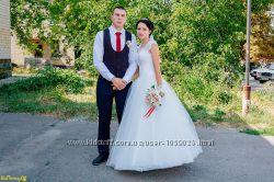 Свадебное платье с шикарной спинкой  подарок