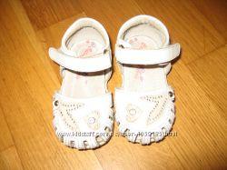 взуття моєї доні в хорошому стані