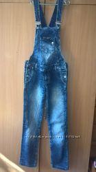 Классный джинсовый комбинезон для будущей мамочки