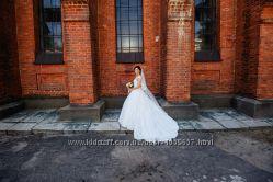Шикарное и очень удобное свадебное платье