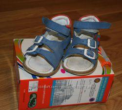 Ортопедические сандали Сomformini
