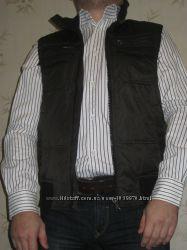 жилетка ZARA темно коричневая