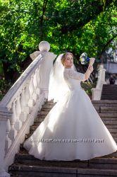 Шикарное свадебное платье. Подойдет для беременной девушки