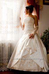 Весільна сукня, ціну знижено
