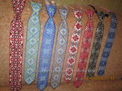 Вишитий галстук
