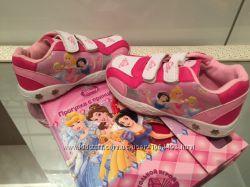 Кроссовки с принцессами от производителя по отличной цене в наличии