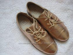 Золотые туфли оксфорды GAP