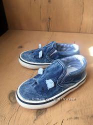 Новые спортивные туфельки Next
