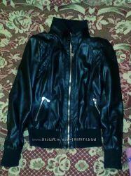 Продаю куртку кожзам