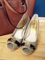 Туфли и босоножки от Michael Kors