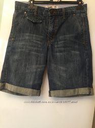 Джинсовые шорты с отворотами  Mango H. E.